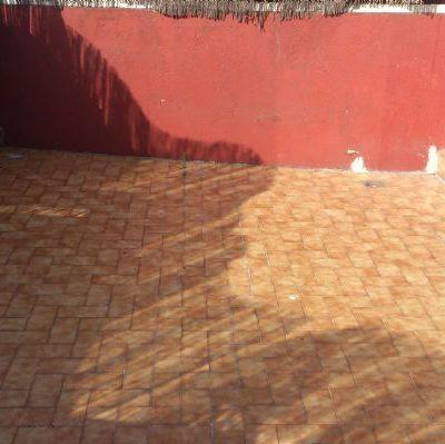 IMPERMEABILIZACIÓN DE TERRAZAS Y CUBIERTAS / CALLE DE ESCIPIÓN, 36  </br></br>Trabajos de saneamiento y colocación de lámina impermeable en terraza exterior. Posterior reconstrucción del pavimento de acabado cerámico.